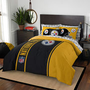 Pittsburgh Steelers The Northwest Company Soft & Cozy 7-Piece Full Bed in a Bag Set